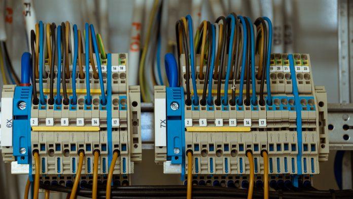 קבלני חשמל במרכז